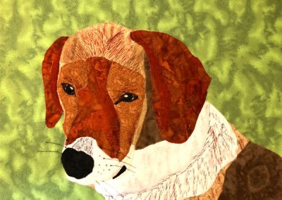 fabric pet portrait: brown dog with green background